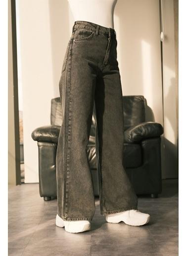 Levure Bol Paça Jean Pantolon Siyah